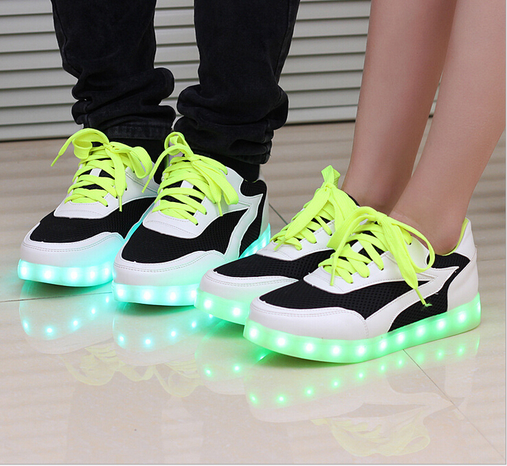 2015 New arrived Brand Unisex Men and Women Fashion 7 colors shine shoes LED luminous couples casual shoes (China (Mainland))