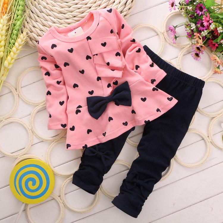 Baby Girl Clothing Set Heart-shaped Print Bow Cute 2PCS Cloth Set Children Cloth Suit Top T shirt + Pants(China (Mainland))