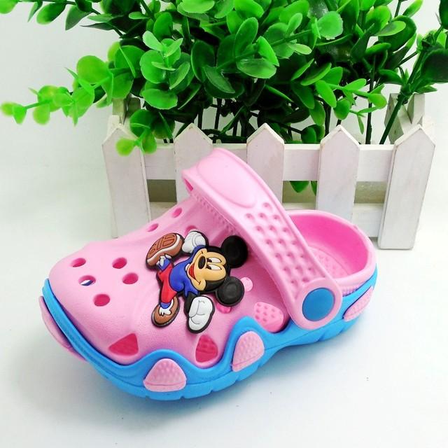 2015 Горячей продажи высокого качества детский сад обувь мальчиков и девочек мультфильм летние тапочки для детей Дети Сандалии