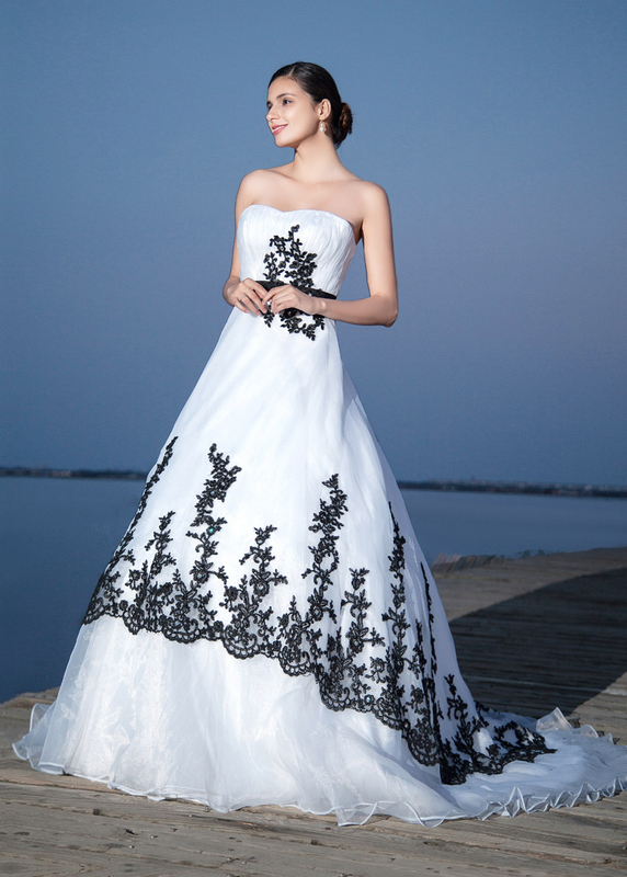 Ball Gown Wedding Dresses With Color : Cecelle gothic black and white two tone ball gown