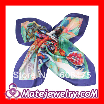 2 pcs/lot,2013 For Sale Colorful 65*65cm High Class Mulberry Silkworm Silk Head Scarf Silk Square Scarves For Girls ,SK1050-9(China (Mainland))