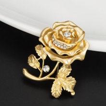 Lnrrabc Wanita Rose Bunga Kupu-kupu Bros Simulasi Berlian Imitasi Fashion Perhiasan Pesona untuk Wanita Bijoux Perhiasan(China)
