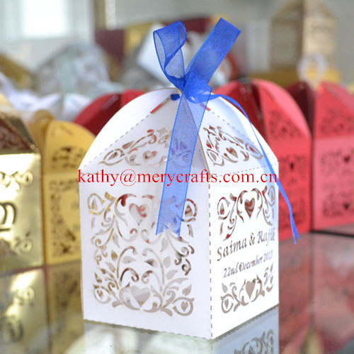 Customized and personalized white wedding favors candy boxes,laser cut small cake boxes(China (Mainland))