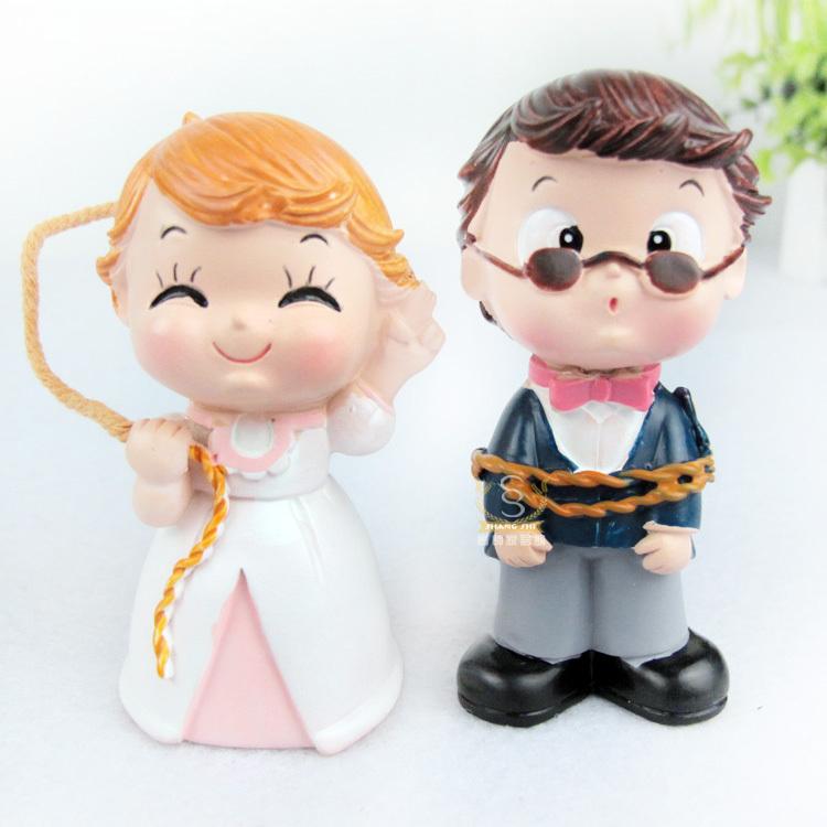 Free Shipping Bride And Groom Wedding Cake Topper Cake Stand Wedding Cake Accessories Wedding Decoration Casamento(China (Mainland))