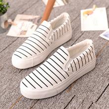 Free shipping 12 Color 2016 Brand New Canvas Shoes Women Sweet Flats Girls Neon Women Casual Shoes Woman green