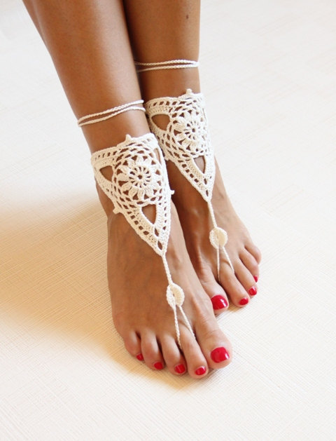 Beach wedding ivory crochet wedding barefoot Sandals,Nude shoes, Foot jewelry,Victorian Lace,Yoga shoes,Bridal anklet,beach(China (Mainland))