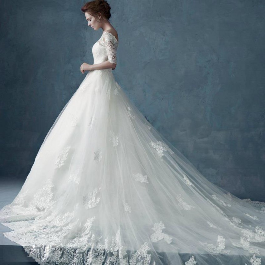 W1017 gorgeous scoop with lace and appliques zipper for Wedding dress lace train