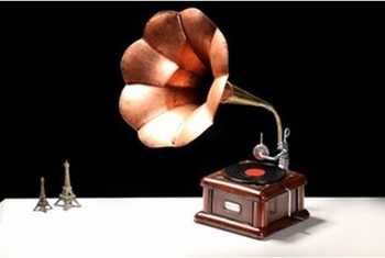 Old-fashioned the Taiji record phonograph metal model manual classic retro wrought iron ornaments bar furnishings crafts