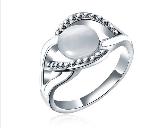 2016 European and American pop ring opal jewelry simple and complex stone creative cute female ring jewels(China (Mainland))