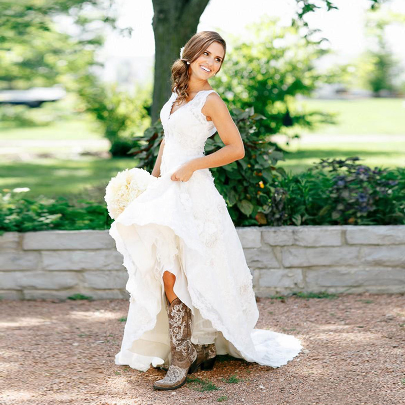 New arrival 2016 full lace country style wedding dresses v for Country style lace wedding dress