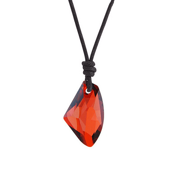 Couples jewelry ornaments that never fades Men and women fashion classic love crystal necklace The axe(China (Mainland))