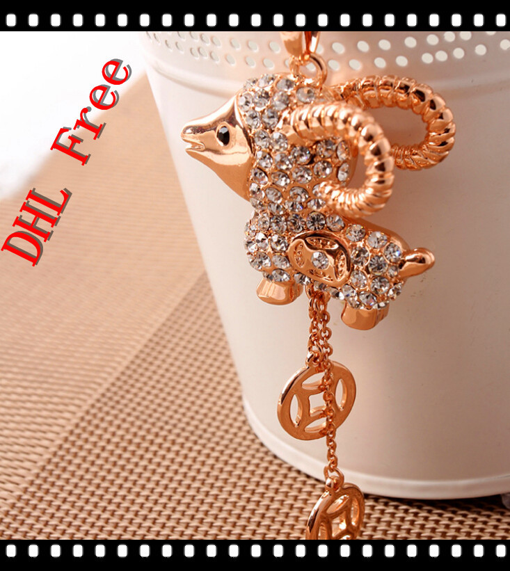 Fashion Necklaces For Women Graceful Long Chain Goat Necklaces Pendants Brand New Luxury Jewelry