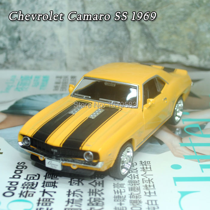 Brand New Cool 1/36 Scale Diecast Car Model Toys Vintage Chevrolet Camaro SS (1969) Metal Pull Back Car Toy For Children/Gift(China (Mainland))