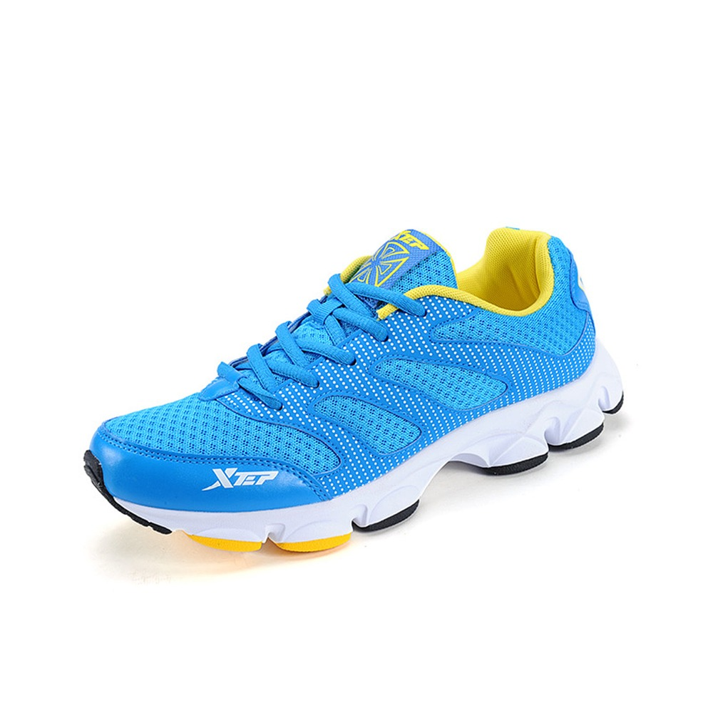 Здесь можно купить  2015 NEW Xtep Summer Style Men Shoes Running Shoes for Men Sport Shoes Sneaker Grey Blue Black Official Store 986119119721  Спорт и развлечения