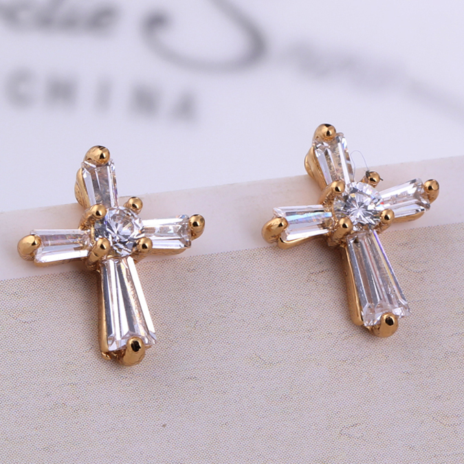 Simple Why Prefer Gold Chandelier Earrings For Women Over Others  Fashion