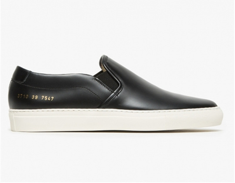 Здесь можно купить  Italy Women By Common Projects Low Black Shoes For Men Woman Genuine Leather Sheepskin Casual Shoes Chaussure Femme Homme Italy Women By Common Projects Low Black Shoes For Men Woman Genuine Leather Sheepskin Casual Shoes Chaussure Femme Homme Обувь