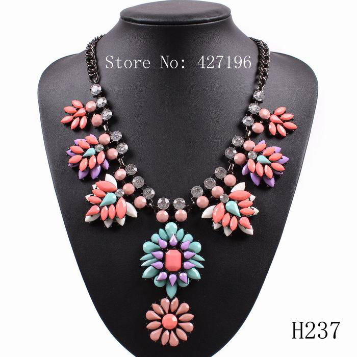 2016 new arrival fashion luxury brand resin elegant chunky statement women pendant necklace jewelry accessories free shipping(China (Mainland))