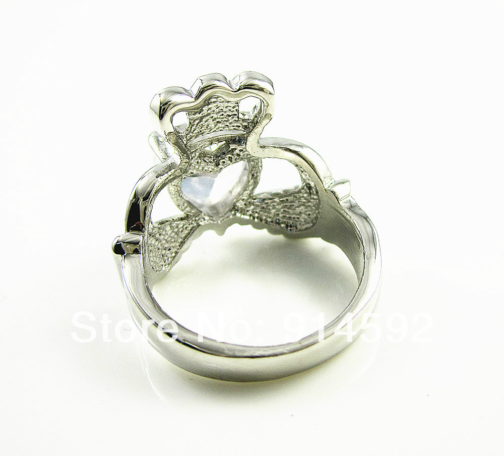 14k white gold plated clear cz crown claddagh