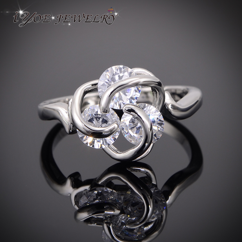 Aliexpresscom buy iyoe iyoe cubic zirconia flower for Non traditional wedding rings for women