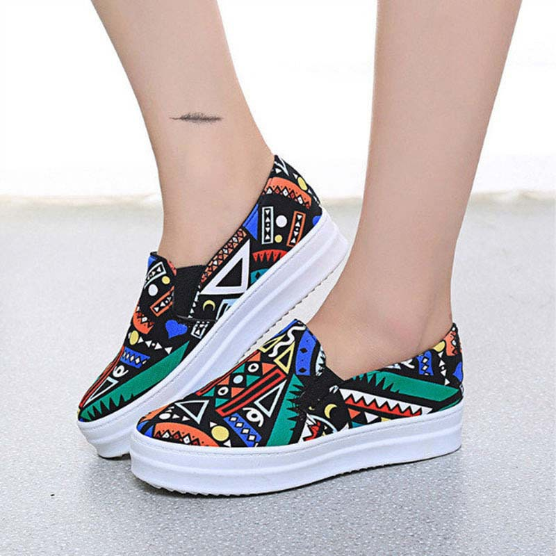 Fashion-2015-Creative-Graffiti-Canvas-Shoes-Thick-Heel-Loafers-Women-Flat-Shoes-New-Arrival-Breathable-Slip