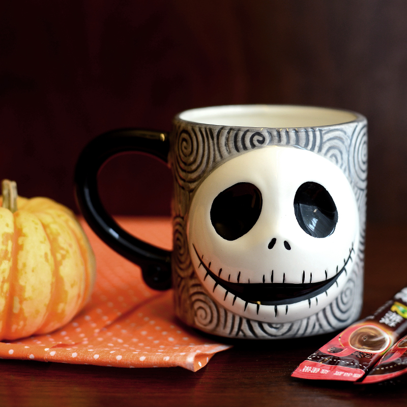 Free shipping Nightmare Before Christmas Relief Ceramic Mug Halloween Skeleton Man Face Cups Creative Coffee Mug
