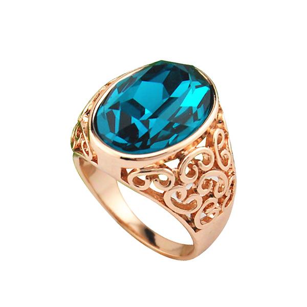 Women S Diamond And Sapphire Ring