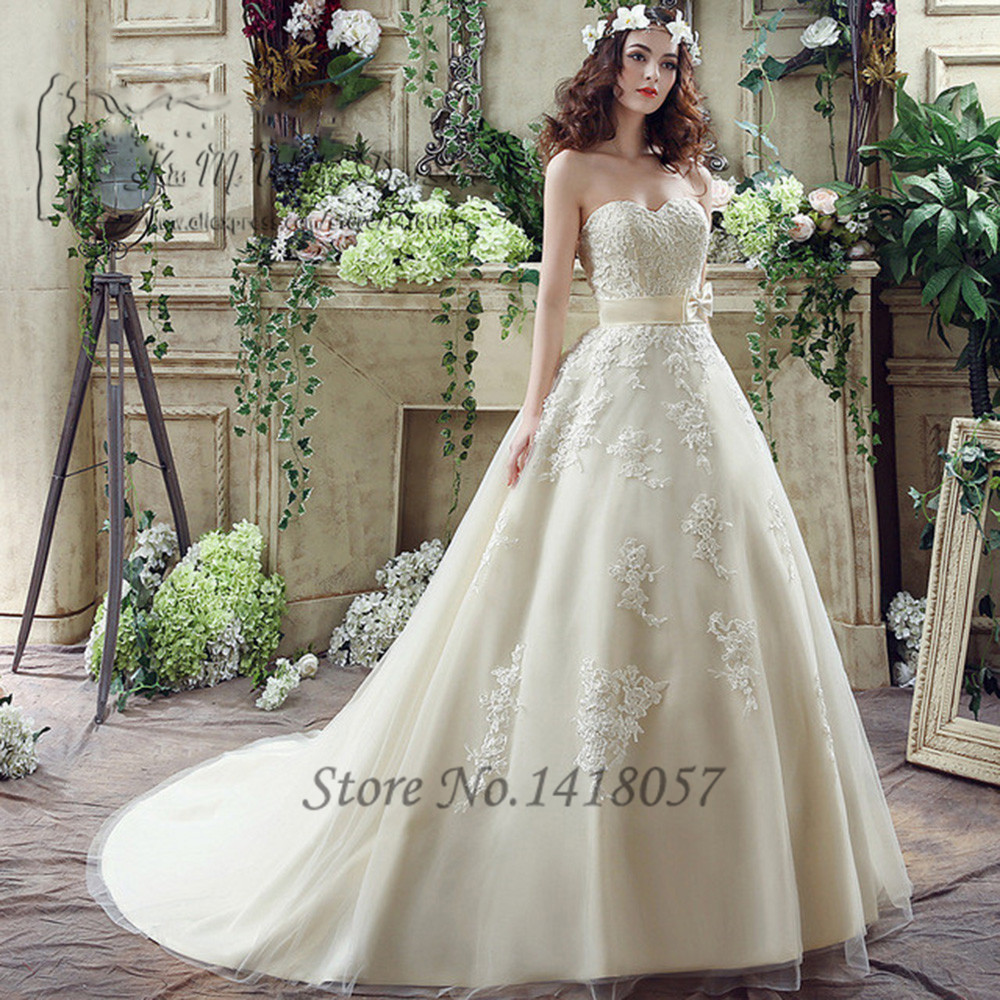 Plus Size Ivory Champagne Vintage Wedding Dress Lace