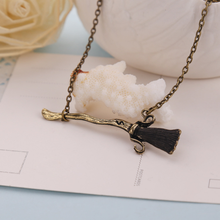 Summer new fashion jewelry Harry Potter Firebolt Deathly Hallows Magic Broom pendant necklace punk vintage punk men necklaces(China (Mainland))