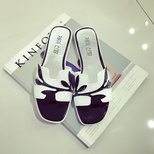 Free Shoppong ! 2016 New Summer Europe and The United States The New Beach Shoes Flat Bottomed Out Toe Women Sandals Women Shoes