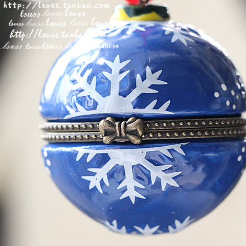 4PC Christmas Ceramic Ball Ornament Jewelry Box On Tree Merry Xmas Tree Pendant House Decoration(China (Mainland))
