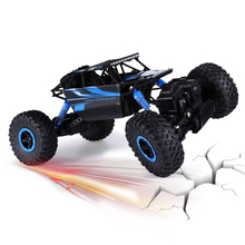 RC Car 2.4Ghz 1/18 Scale Remote Radio Control 4 Wheel Driving Car Double Motors Drive Bigfoot Car Model Off-Road Vehicle Toy(China (Mainland))