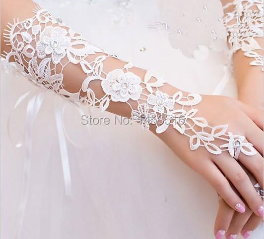 Свадебные перчатки из Китая