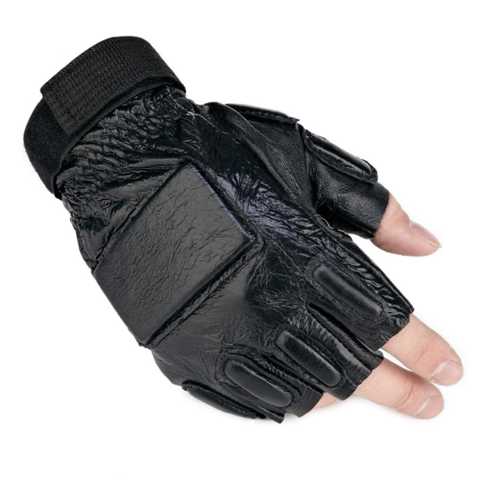 Mens gloves no fingers - People Who Drive A Lot In Cold Climates Occasionally Capitalize In Heated Motorcycle Gloves Which Are Battery Operated And Heat Both The Front And Back Of
