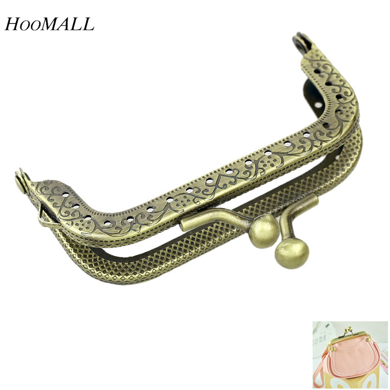 Hoomall Bag Clasps 3PCs Metal Purse Bag Frame Kiss Clasp Lock Bronze Tone Flower Pattern Clasp For DIY Handbag 8cm x5cm(China (Mainland))
