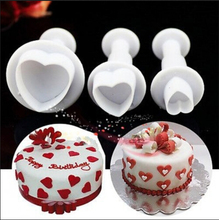 Free Shipping Love Shaped Spring Die Sugar Chocolate Mold Cake Decoration Pastry Cookies Bake weare Moulds Tools(China (Mainland))