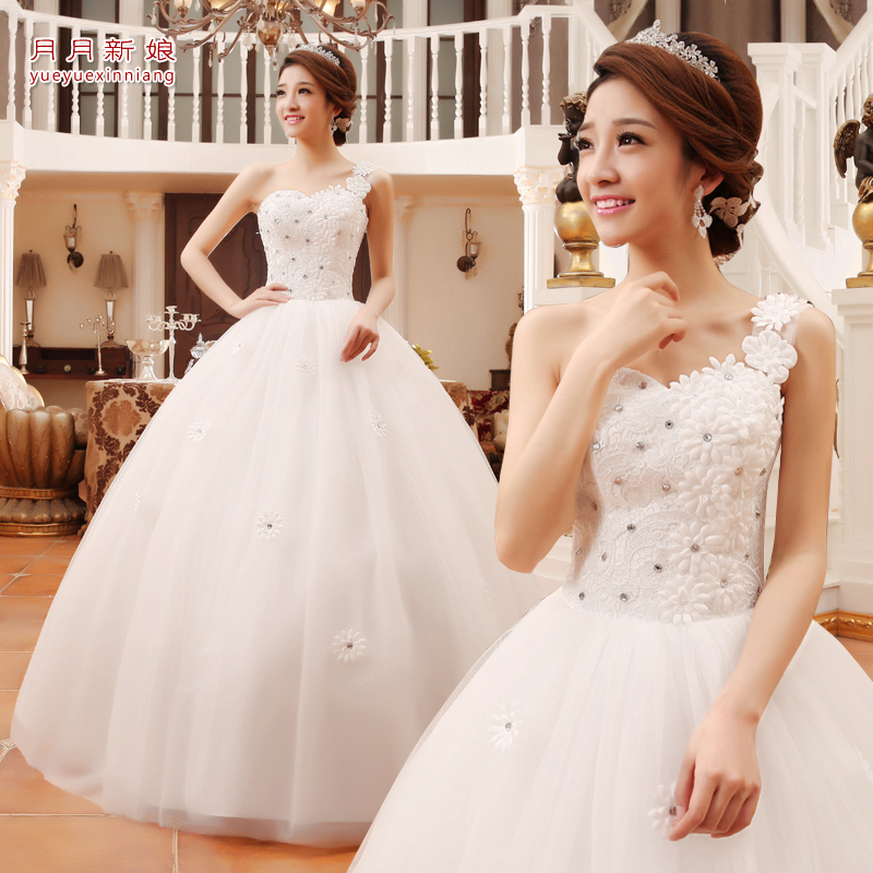 2015 new arrival one shoulder sweet oblique petals tube top the bride wedding dress(China (Mainland))