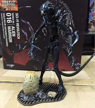 Alien VS Predator Alien Queen Figure PVC Action Figure Collectible Model Toy Alien VS Predator Toys Predator Anime Figure KB0259