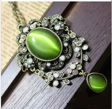 Vintage Necklace Fashion Moonstone Rhinestone Necklaces Luxury Costume Jewelry(China (Mainland))