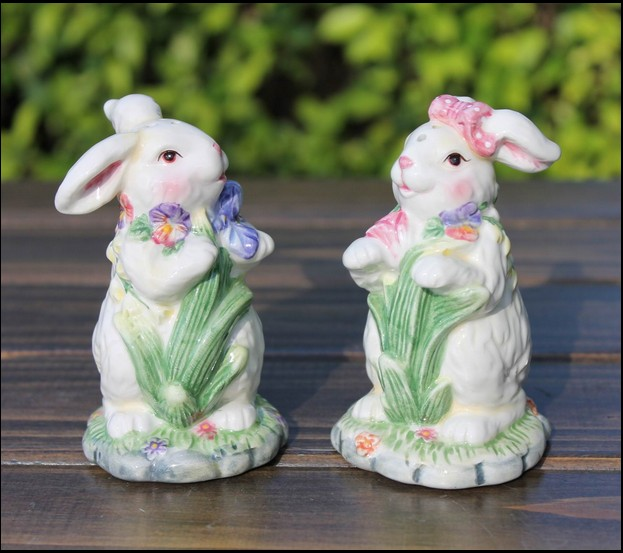 European Hand Paint Couple Rabbit Spice Shakers Lovely Pepper Canister Desktop Decoration Promotion Gift 2pcs/lot SH646(China (Mainland))