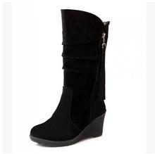 BONJOMARISA Große Größe 34-43 Qualität Heiße Herbst Winter Schuhe Frauen Mitte Wade Keil Schuh Frau Slip-On plissee Reiten Stiefel(China)