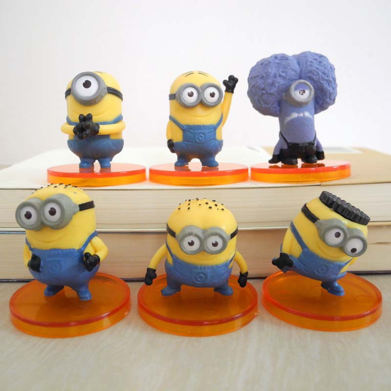 Despicable Me Cake Decoration Kit Kustura for