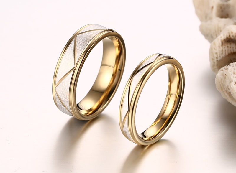 Vnox  Gold Plated Wedding Bands Rings For Love Matte Finish Stainless Steel Women Men Jewelry