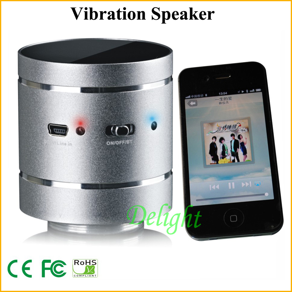 Small Portable USB Bluetooth Vibration Speaker For Laptop Motorcycle Pc Speaker 3.5mm Audio Jacks Audio Player Speaker (DL-S032)(China (Mainland))
