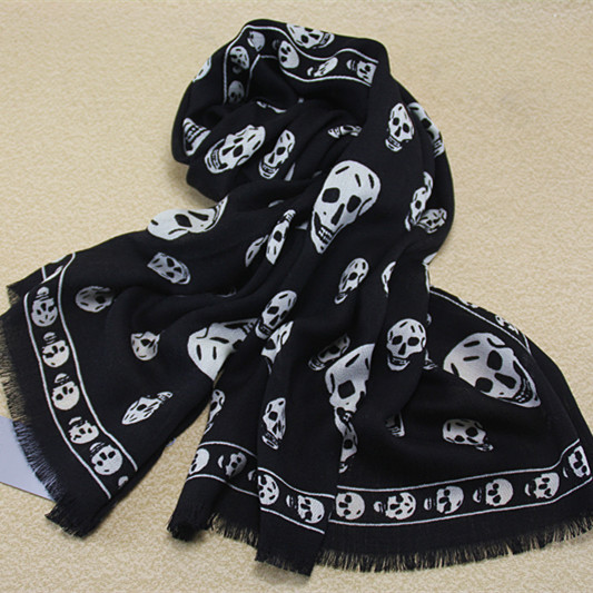The new 100%wool material print skull Keep warm scarf pashmina for women 180*65CM(China (Mainland))