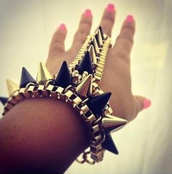 Fashion Gold Black Spike Bracelet Hand Harness Bracelet Bangle Gothic Punk Statement fashion jewelry bracelets for women 2015