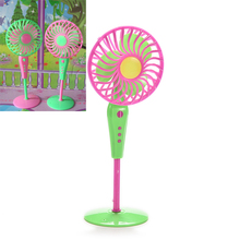 Cute Mechanical Fan Toys for Barbies Classic Kids Play House Toys Doll Accessories Random Color(China (Mainland))
