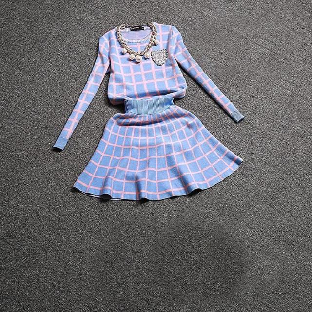 Осень зима Корейский стиль женщины досуг костюмы женский плед пуловеры юбки устанавливает женщины трикотажные топы и юбки 2 шт. наборы