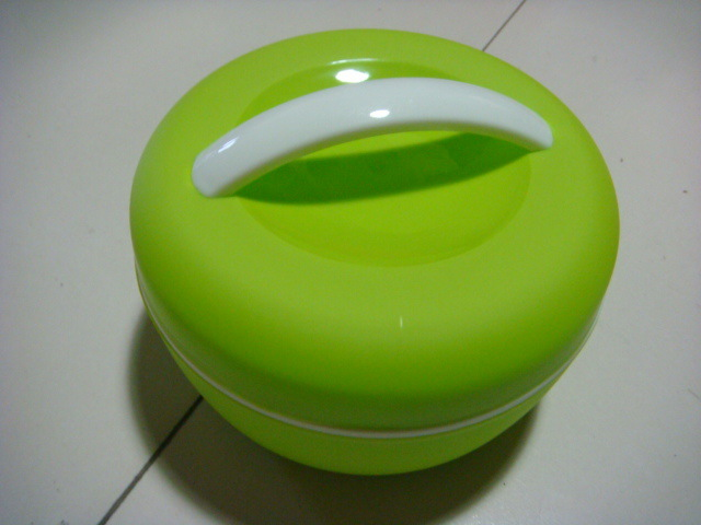 Food grade plastic airtight food container Circle portable Tableware food storage box Kids Double Layer crisper lunch box(China (Mainland))