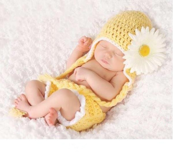 2015 Cap Fashion Sunflower Flower Hat Baby Handmade Knit Girl Clothing Set Photography Props Newborn Crochet Outfits Patchwork(China (Mainland))