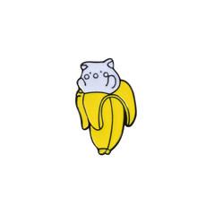 Carino Animale Spilli Smalto Spille per Le Donne Risvolto Spille Orso di Ghiaccio Panda Grizzly Banana Melone Pane Pera Del Fumetto Distintivo In Metallo gioielli(China)